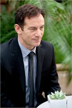 Case Histories : photo Jason Isaacs. Series two starting soon (end May/early June) BBC1, dvd available 10th June yaaay!!!