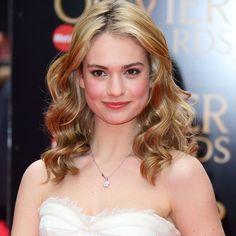 Pin for Later: Tout Ce Qu'il Faut Savoir Sur Lily James, L'étoile Montante d'Hollywood