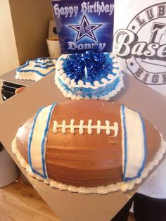 Dallas cowboy cake I made for my friend