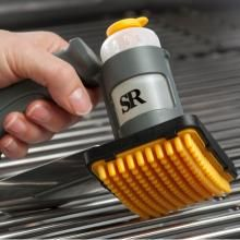 Cover more grate area using the oiler brush than traditional methods of cleaning - Steven Raichlen Grilling Grate Oiler Brush