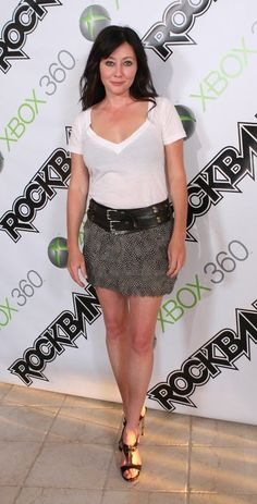 Shannen Doherty,, Brenda Walsh,, girl on Beverly Hills 90210 Serie Charmed, Charmed Tv Show, Shannen Doherty Charmed, Shannon Dorothy, Elizabeth Berkley, Holly Marie Combs, Beverly Hills 90210, Beautiful Young Lady, Classic Actresses