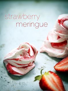 Strawberry Meringues | incredibly easy & delicious recipe