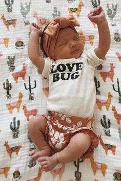 Gender neutral style Baby Clothes Gender Neutral o - genderneutral Baby Outfits, Kids Outfits, Winter Outfits, Newborn Outfits, Baby Leggings, Cute Kids, Cute Babies, Trendy Baby Clothes, Baby Girls Clothes