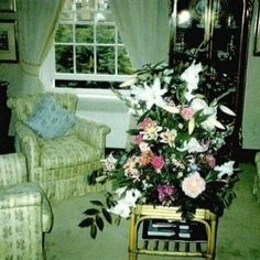 Garden Lodge, Freddie Mercury, House Design, Queen, Plants, Plant, Architecture Design, House Plans, Home Design