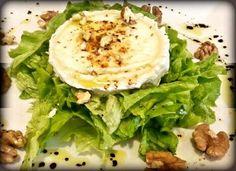 Ensalada con nueces y queso de cabra. Tahona Artesanal Gourmet Bilbao.