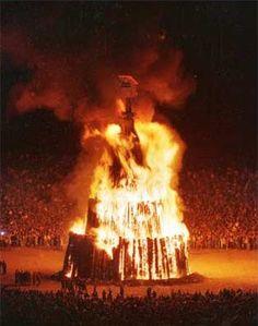 Texas A&M's Fightin' Texas Aggie Bonfire