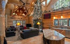 The vacation rentals at Yosemite range from cozy cabins to palatiallog-houses.Photo credit: Redwoods in Yosemite