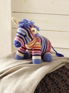 Keine Lust zu Häkeln? Stricken liegt Ihnen mehr? Dann ist das kleine Zebra vielleicht genau die Strickidee, die Sie suchen...Ihre Kids werden es lieben!