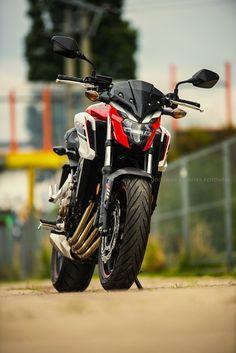 Honda by Dominik Kotowski / Desktop Background Pictures, Car Backgrounds, Studio Background Images, Background Images For Editing, Black Background Images, Photo Background Images, Bike Pic, Bike Photo, Ducati
