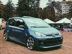 Volkswagen Up, Vw Up, City Car, Cars And Motorcycles, Culture, Vehicles, Tops, Drawings Of Cars, Dreams