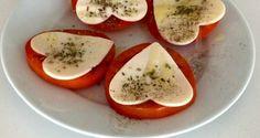 Tomates con mozzarella Mozzarella, Food N, Caprese Salad, Mashed Potatoes, Healthy Recipes, Healthy Food, Eggs, Breakfast, Ethnic Recipes