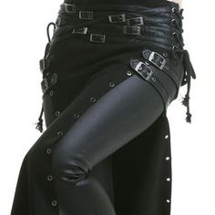Top Gothic Fashion Tips To Keep You In Style. As trends change, and you age, be willing to alter your style so that you can always look your best. Consistently using good gothic fashion sense can help Gothic Outfits, Edgy Outfits, Cool Outfits, Fashion Outfits, Womens Fashion, Fashion Tips, Fashion Clothes, Dark Fashion, Gothic Fashion
