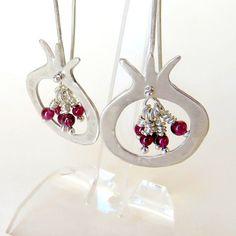 Sterling Silver Pomegranate Earrings with Garnet от LulyJewelry, $62.00