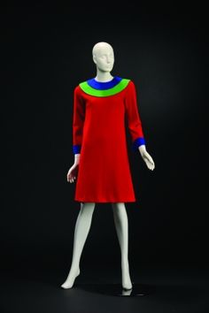 MODEMUSEUM HASSELT - Yves Saint Laurent (1967)