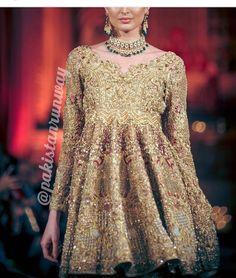To order this dress please DM or email at divinedesigns@live.com/info@divinedesignsstore.com or whatsapp +923242500787 #dulhan#bridalwear#hudabeauty#onlinestore#londonmua#oslo#minahasan#repulicwomenswear#elan#elanofficial#farazmanan#drharoon#bridalcouture#zarashahjahan#farahtalibaziz#sapphirepakistan#pakistanifashion#nomiansari#hijab#familywedding#ammarakhan#pakistaniwedding#sabyasachi#henna#wedding#manishmalhotra#trending#bridesmaids#buntokazmi#ootd