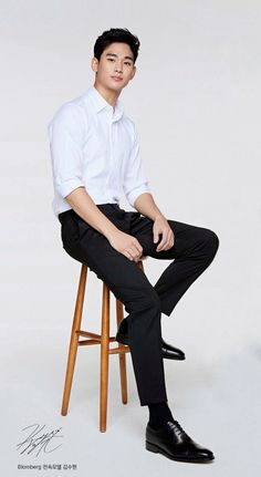 Kim Soo Hyun: come back soon. Kim Soo Hyun 2017, Kim Soo Hyun Abs, Hyun Kim, Korean Star, Korean Men, Asian Men, Asian Actors, Korean Actors, Lee Shin