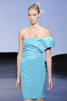 Fatima Lopes Spring 2011 Runway Pictures - Livingly
