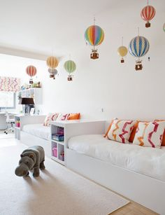 Incredible hot air balloons everywhere! #estella #kids #decor