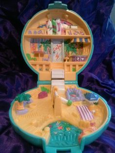 Vintage Polly Pocket Cafe Beach Seashell Compact Play Toy Blue Bird 1989