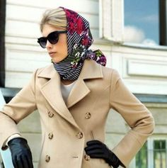 What better way to spruce up an outfit than to wear a beautiful silk headscarf? Ways To Wear A Scarf, How To Wear Scarves, Estilo Gossip Girl, Head Wrap Scarf, Head Scarf Tying, Look Vintage, Vintage Scarf, Scarf Hairstyles, Square Scarf