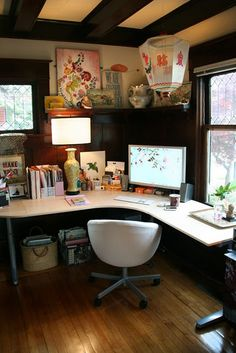 cozy + organized office space.