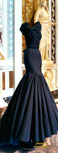 OMG my dream dress Evening Dresses, Prom Dresses, Formal Dresses, Wedding Dresses, Elegant Evening Gowns, Evening Gowns Couture, Mermaid Dresses, Wedding Shoes, Beautiful Gowns