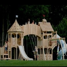 I'd love to have this if I were a kid! Haha (:
