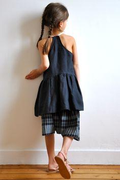 tunique à plis sans manche en lin délavé : http://www.vdj-boutique.com/blouses/3255-tunique-a-plis-sans-manches-lin-delave.html