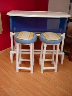 90252: MODERN PATIO PVC PIPE BAR & BAR STOOL 2 FORMICA : Lot 90252