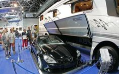 luxury motorhome features