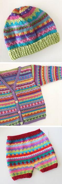 KrazyKnits by Karen by KrazyKnitsbyKaren Original Red Short Pants – 3 months – Hand knitted