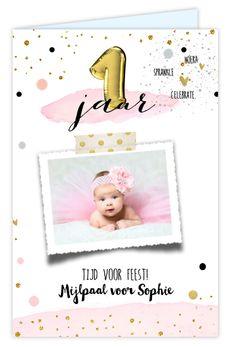 Feestelijke uitnodiging eerste verjaardag voor een jongen. Met watercolourlook en ruimte voor een foto. Alles staat los en is geheel te bewerken. Gratis verzending in Nederland en België.
