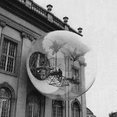 Bubbel3 COOP HIMMELBLAU, Haus-Rucker-Co, OASIS Nr. 7, Documenta 5, Kassel, 1972 http://www.pinterest.com/liatenbrink/research/