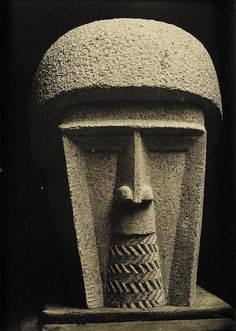 Oscar Jespers is regarded as one of the most important modernist sculptors in Belgium. His oeuvre reached a creative high point in the 1920's especially. Jespers worked modernist influences of international artists such as Brancusi and Zadkine into his own personal image language | Via Blastedheath