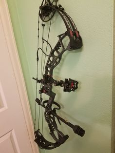 Hunting Bows, Hunting Girls, Archery Hunting, Hunting Gear, Pse Compound Bow, Big Deer, Archery Bows, Bowhunting, Arrows