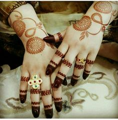 Fantastic images of mehndi designs for brides - HD Wallpaper Latest Arabic Mehndi Designs, Unique Mehndi Designs, Beautiful Mehndi Design, Simple Mehndi Designs, Bridal Mehndi Designs, Mehandi Designs, Heena Design, Latest Mehndi, Bridal Henna