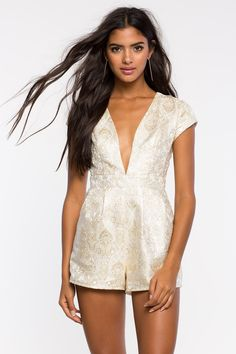 Комбинезон Размеры: S, M, L Цвет: белый с принтом Цена: 2373 руб.     #одежда #женщинам #комбинезоны #коопт