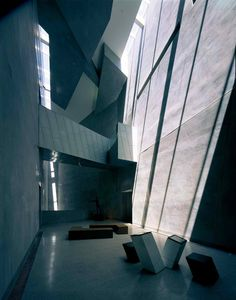 The Ian Potter Centre: NGV Australia Federation Square / Bates Smart