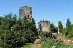 Château de Miremont►►http://www.frenchchateau.net/chateaux-of-aquitaine/chateau-de-miremont.html?i=p