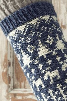 Colourwork wool socks with a playful forest-themed pattern, knitted with Novita Nalle. Crochet Socks, Knitting Socks, Knit Crochet, Wool Socks, Fair Isle Knitting, Mittens, Reindeer, Crochet Patterns, Weaving