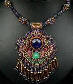 'Farah's necklace ~ Cielo Design'