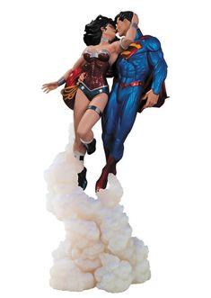 Someone should give us this for the wedding Superman and Wonder Woman: The Kiss 12-Inch Statue