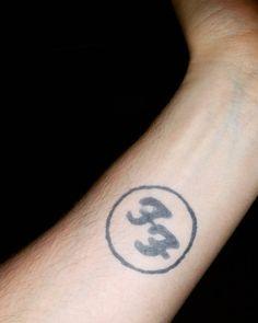 """""""#tattoo#feder#feather#jaguatattoo#art#march#hennatattoo#kunst"""" Jagua Tattoo, Henna, Feather, March, Tattoos, Instagram, Kunst, Quill, Tatuajes"""