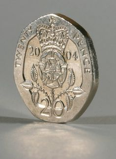 Have YOU got one in your purse? These rare coins are worth up to EACH Have YOU got one in your purse? These rare coins are worth up to EACH – The Sun Have YOU got one in your purse? These rare coins are worth up to EACH … Big Coins, Sell Coins, Rare British Coins, British Coin Values, English Coins, Gold And Silver Prices, Old Coins Worth Money, Coin Dealers, Valuable Coins