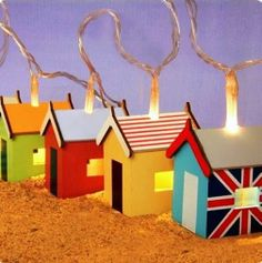 Wooden Beach Huts Hand Painted Think Gadgets Fairy Lights String 12 LED Lights