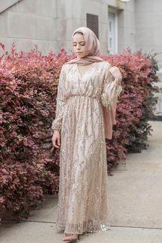 A Dazzled Affair Evening Dress – Niswa Fashion Hijab Gown, Hijab Evening Dress, Hijab Dress Party, Sequin Evening Dresses, Dress Brokat Muslim, Dress Brokat Modern, Muslim Dress, Kebaya Modern Dress, Kebaya Muslim