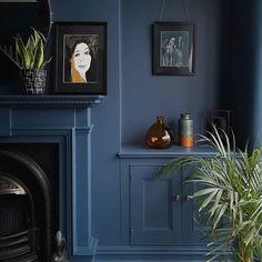 Little Greene Hicks Blue Lounge Colour Schemes, Living Room Color Schemes, Blue Color Schemes, Paint Colors For Living Room, Navy Living Rooms, Blue Rooms, Hicks Blue Little Greene, Hallway Colours, Bedroom Colours