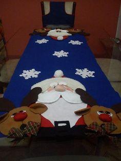 Decoração de mesa. Christmas Decorations, Holiday Decor, Xmas, Diy, Crafts, Home Decor, Door Shoe Organizer, Holiday Decorating, Handmade Bracelets
