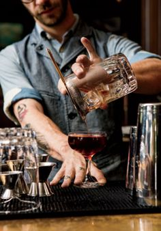 Making a good cocktail is a real art! You need attention, great ingredients and the bartender's right hand ;) #good #cocktail #art #attention #great #ingredients #bartender #hand