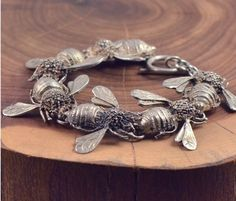 ≗ The Bee's Reverie ≗ Bee bracelet